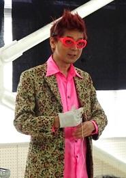 アンディ先生のマジックショー -つくば西父母会会長 早川幸余-